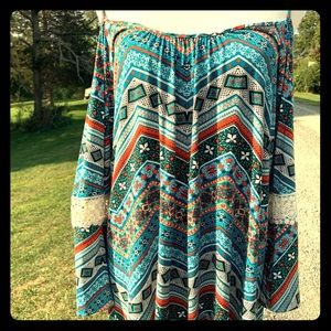 NWT Multicolored Lucy Love Cold Shoulder Top